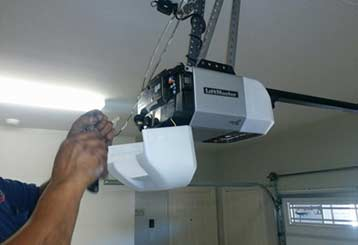 Top 3 Benefits of Replacing Your Electric Garage Door Opener | Garage Door Repair San Marcos, TX